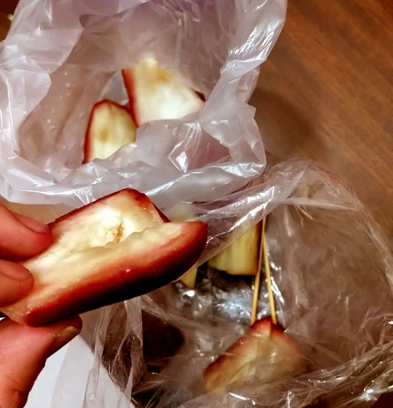 My favorite thing in Taiwan, Wax Apples